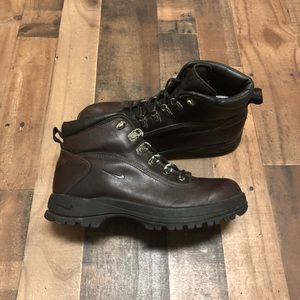 huge discount 27482 019b4 Men s Nike Acg Boots on Poshmark